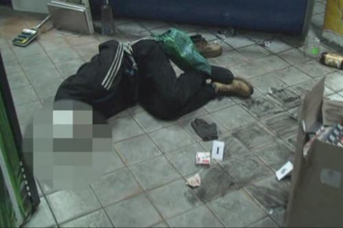 Чорнобаївську крамницю хотіли пограбувати озброєні чоловіки (ВІДЕО)