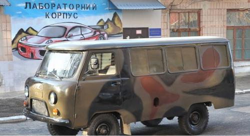 Черкаські студенти зібрали авто для бійців АТО