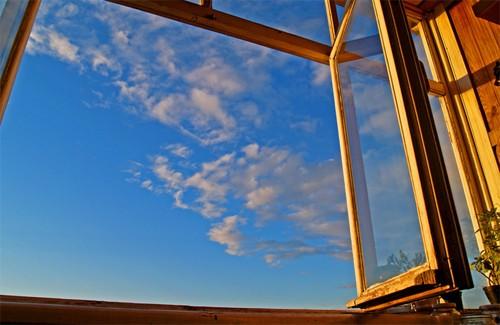 В обласному центрі орудують віконні шахраї