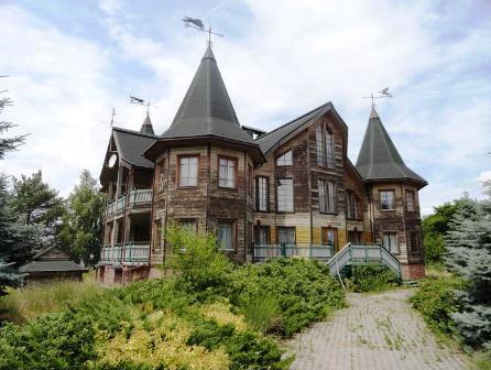 На Канівщині згорів маєток олігарха
