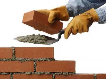 У Черкасах відбувається чергове абсурдне будівництво (ВІДЕО)