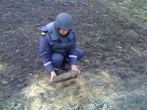 У Черкасах по Смілянській знайшли снаряд