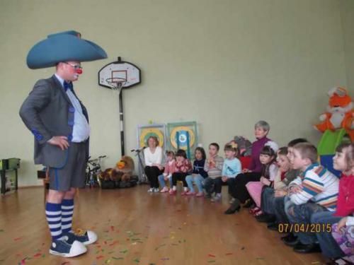 Фокусник з Німеччини три дні давав вистави для знедолених черкаських дітей