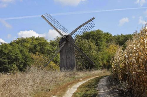 На Смілянщині працює унікальний вітряний млин (ФОТО)