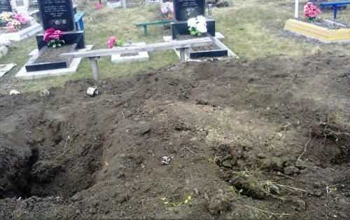 На Черкащині вандали розрили могилу ветерана