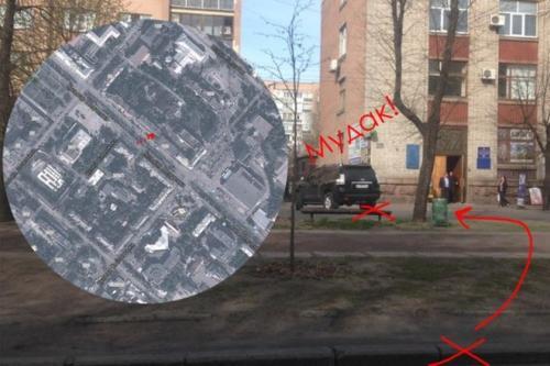 У Черкасах мажорна автівка покаталася на алеї бульвару Шевченка (ФОТО)