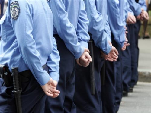 На травневі свята черкащан охоронятимуть 700 міліціонерів у три зміни