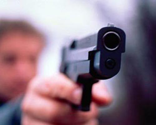 Екс-начальник ДАІ з Уманщини стріляв у людину (ВІДЕО)