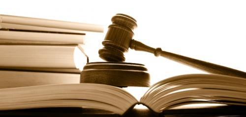 Золотоніський пенсіонер облив себе бензином і підпалив на суді