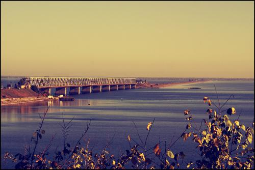З вівторка рух транспорту на мосту через Дніпро буде ускладнено