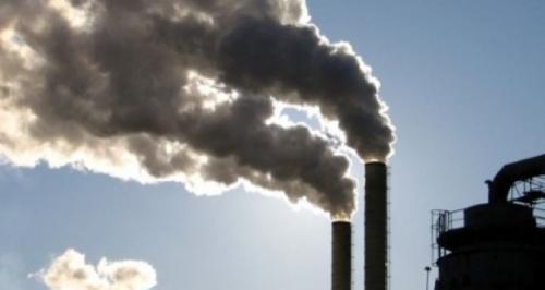 На Черкащині хімічний завод забруднив землю невідомими нафтопродуктами