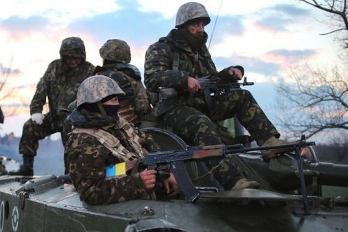 Черкаські бійці АТО вимагали біля військомату справедливості (ВІДЕО)