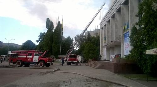Черкаський театр продовжить свою роботу