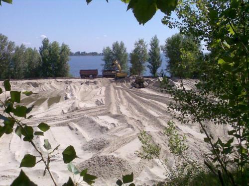 Незаконний видобуток піску
