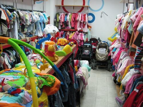 Переселенка з Донецька відкрила у Черкасах комісійний магазин (ВІДЕО)