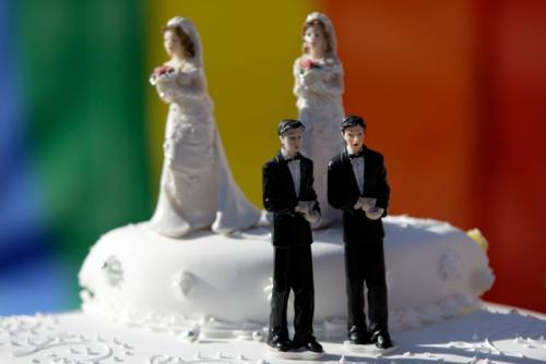 Як черкащани ставляться до легалізації одностатевих шлюбів?