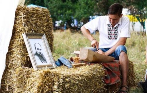 На Черкащині збирають гроші, щоб показати нового Шевченка