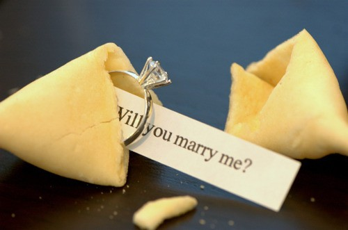 У Черкасах хлопець оригінально запропонував одружитися своїй дівчині (ВІДЕО)
