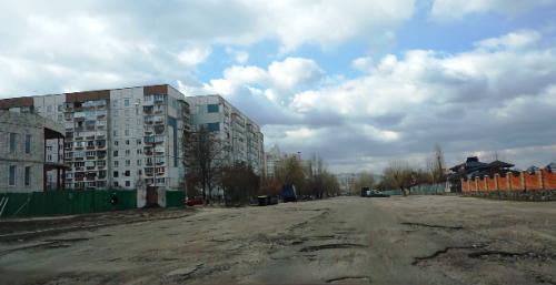 Розбиту вулицю Героїв Дніпра ремонтуватимуть у серпні