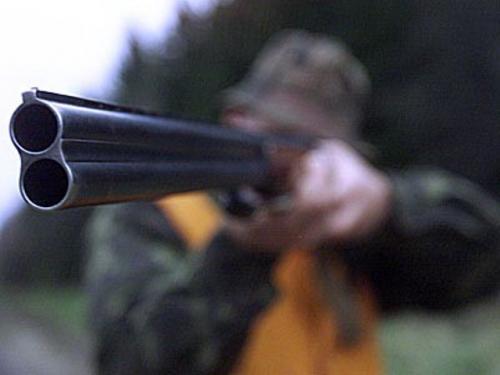 Очевидці розповіли про стрілянину черкаського пенсіонера по чотирьом людям (ВІДЕО)