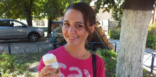 У Черкасах морозиво треба їсти з обгортками? (ВІДЕО)
