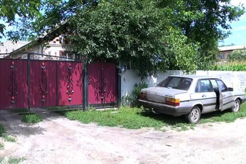 У Чорнобаївському районі машину можна купити за тисячу гривень