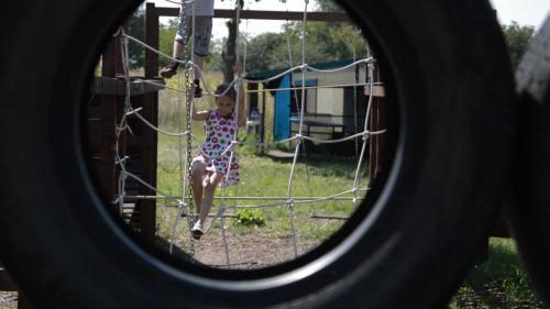 Іноземці організували у таборі відпочинок дітей бійців АТО (ВІДЕО)