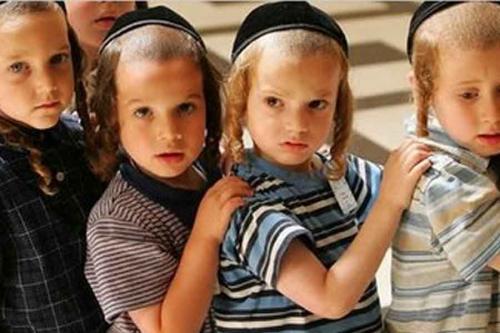 З єврейською школою не хочуть ділитися приміщенням (ВІДЕО)