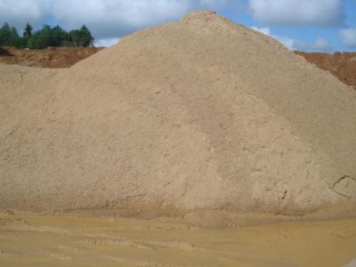 На Черкащині незаконно крадуть пісок для будівництво котеджів