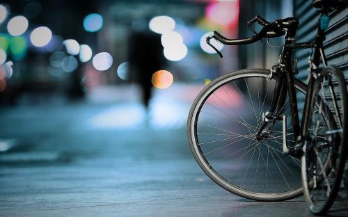 Журналісти випробовували гібридний велосипед на черкаських дорогах (ВІДЕО)