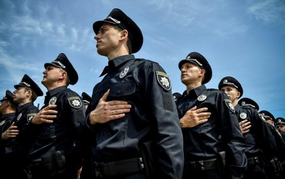 У кінці вересня у Черкасах можна буде стати поліцейським