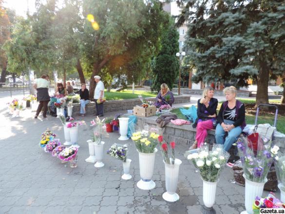 У День знань черкаські квіткарі зривають джек-пот