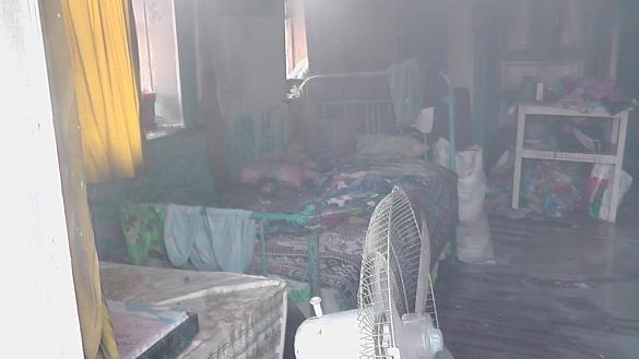На Шполянщині пенсіонерка намагалася врятувати двох дітей з палаючого будинку
