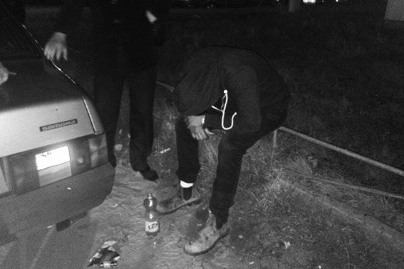 Уманчани жаліються Пустовару на паломників-наркоманів. Одного відправлять додому (ФОТО, ВІДЕО)