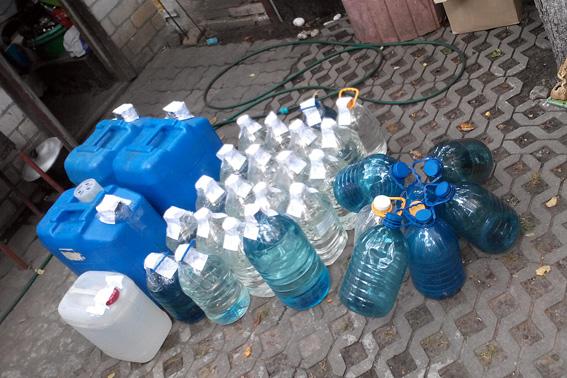 У Черкасах викрили групу, що наторгувала незаконного алкоголю на мільйон (ФОТО)
