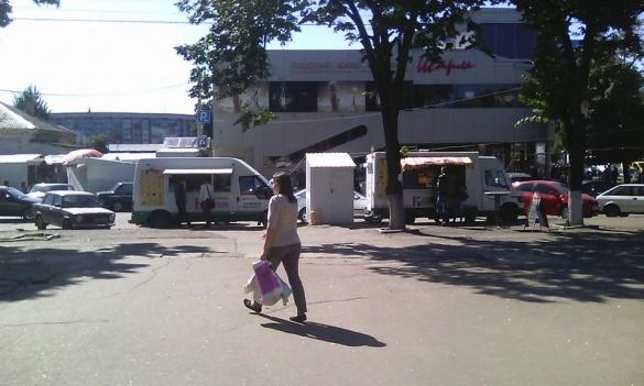Активісти грозяться знести кіоски шаурми у центрі Черкас