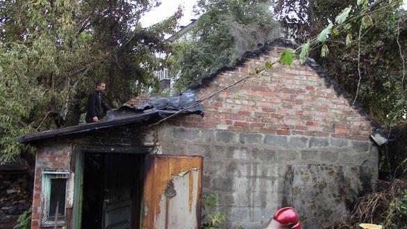 У Черкасах мало не згорів будинок (ФОТО)