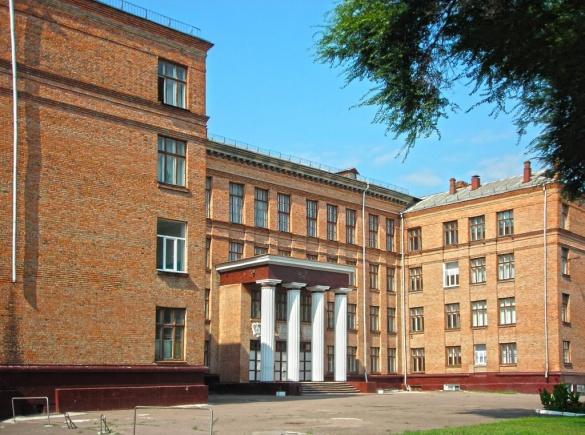 У Черкасах визначили п'ять найпопулярніших шкіл міста