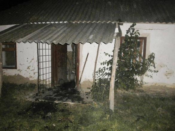 На Черкащині сусіди врятували від вогню житловий будинок (фото)