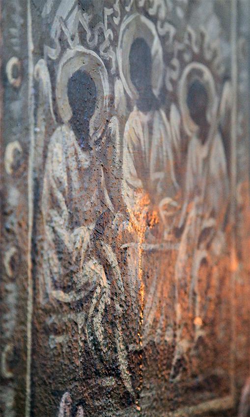 У Покровському храмі Сміли замироточила фреска (фотофакт)