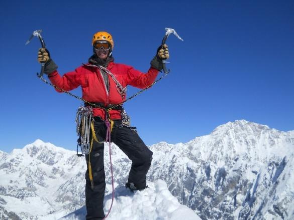Черкаські альпіністи хочуть підкорити непальські Гімалаї