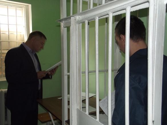 Прокурор області перевірив чим годують засуджених у черкаському СІЗО