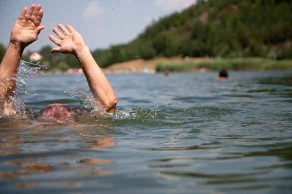 На Черкащині трагічно потонув чоловік