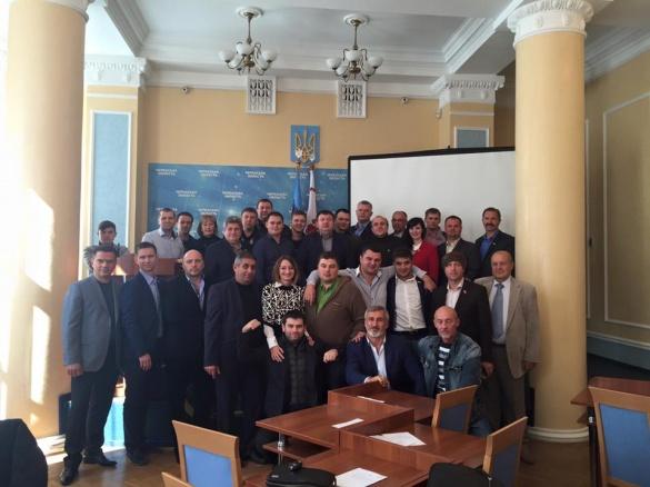 Черкаські депутати сфотографувалися на останок