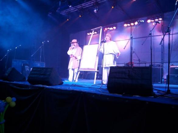 Актори влаштували яскраве шоу в центрі Черкас (ВІДЕО)