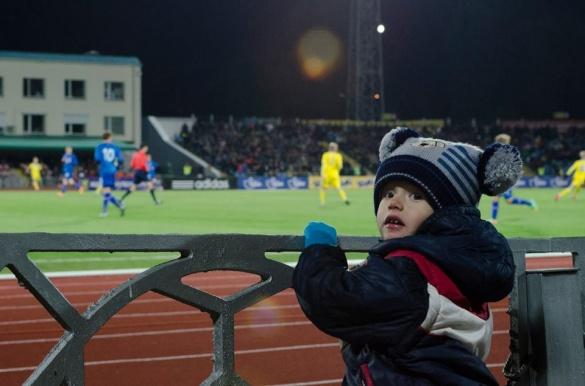 Як у Черкасах збірна Ісландії у футбол перемагала (ФОТО, ВІДЕО)