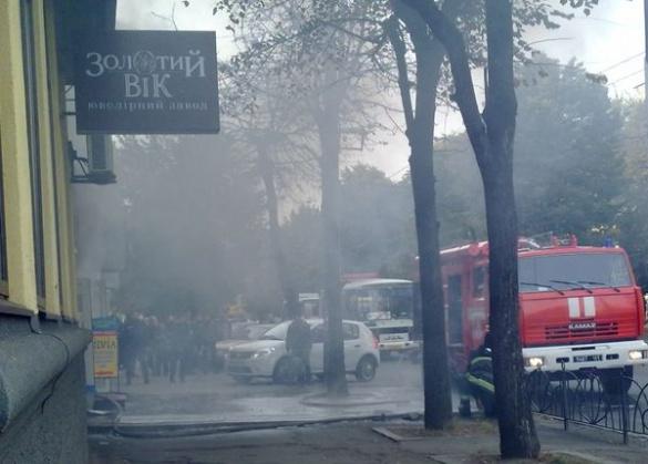 У мережі з'явилося відео вчорашньої пожежі у черкаському магазині