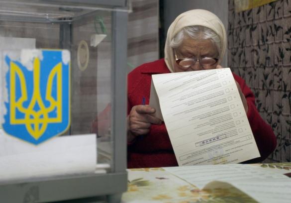 Перші номери партій у Черкаську міську раду (ФОТО)
