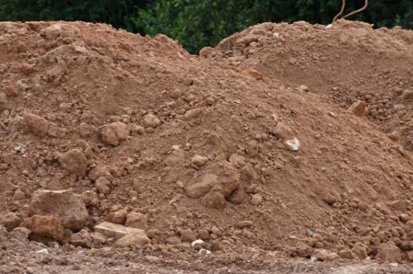 На Черкащині міліція відпустила нелегальних добувачів глини