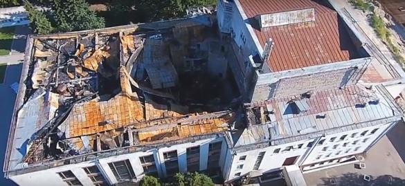 Пожежа у Черкаському драмтеатрі сталася через підпал?